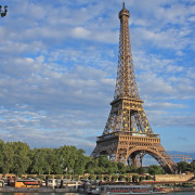 gallery-1444330211-eiffel-tower-index