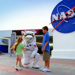 Kennedy Space Center - Header Image